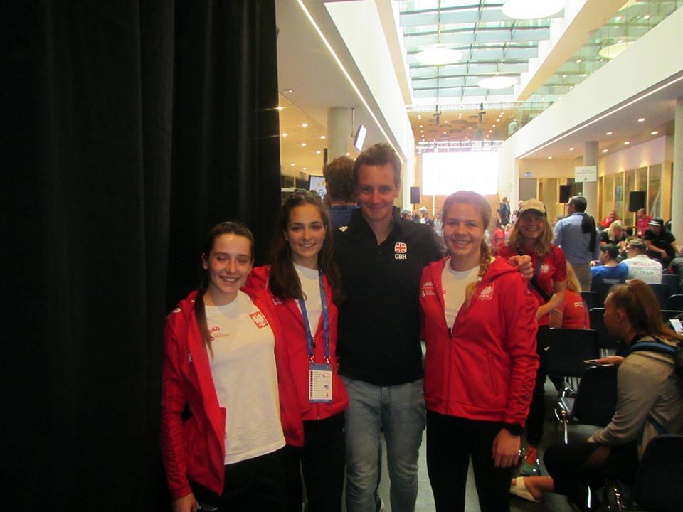 Reprezentantki Polski z dwukrotnym Mistrzem Olimpijskim w Triathlonie Alisterem Brownleem