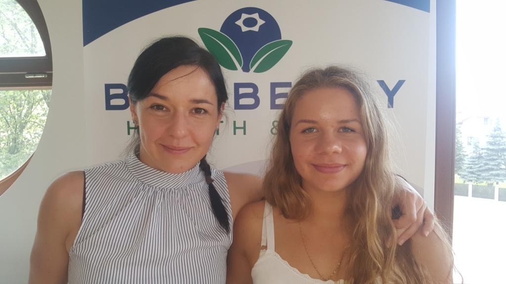 Julia Sanecka z Jagodą Podkowską BlueBerry
