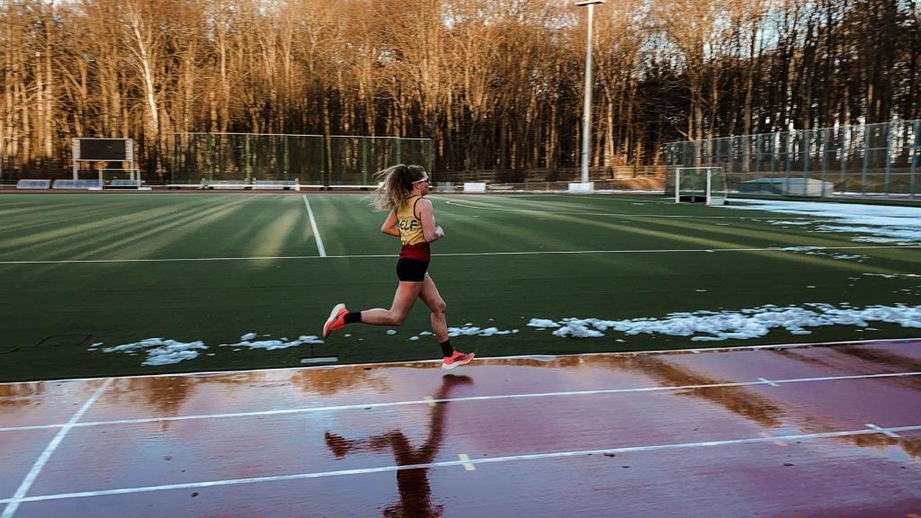 Sanecka Julia podczas testu biegowego na 5km
